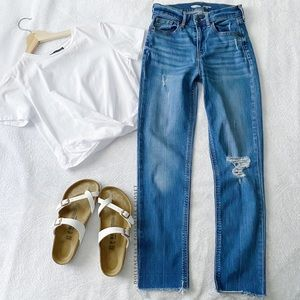 Distressed The Perfect Straight Ankle Power Jean